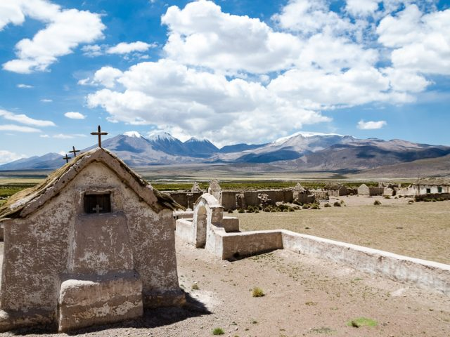 Again over 4,500 vertical meters: The Chilean Altiplano with the Salar de Surire