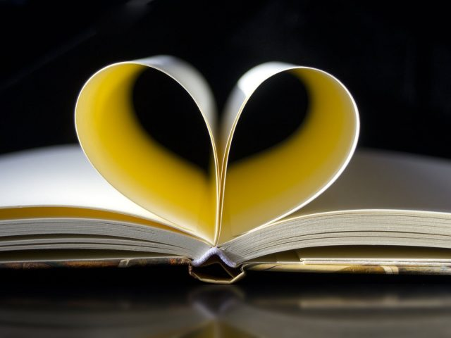 Reading strengthens the soul (Voltaire)